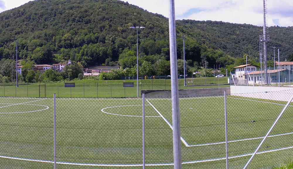 Impiantistica sportiva – campo in erba sintetica – San Leonardo (UD)